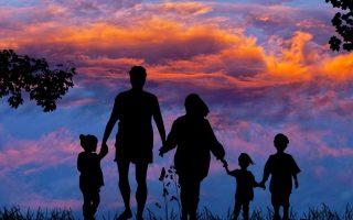 """8 najvećih razlika u vaspitanju djece: """"Nekad i sad"""""""