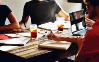 Ovih 8 stvari ne trebate dijeliti sa svojim kolegama na poslu